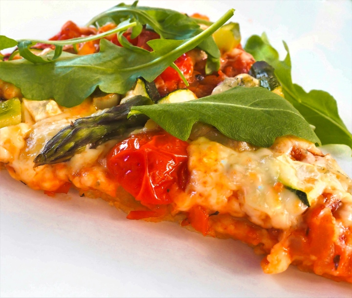 Gluteeniton kasvispizza